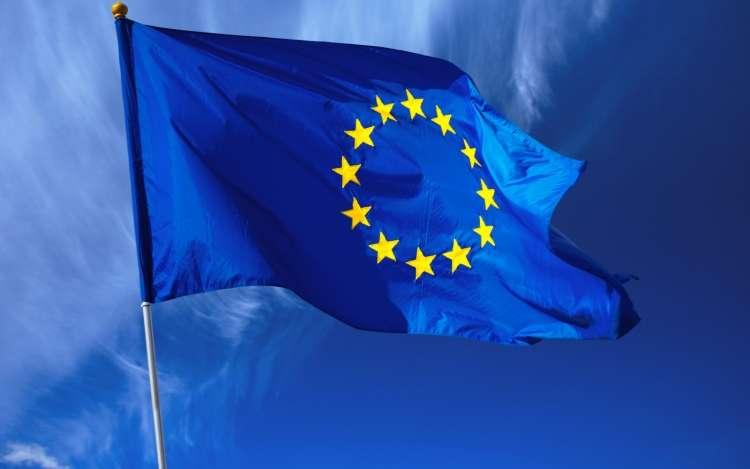 Kiegészítő értékvámot vezet be az Európai Unió meghatározott vámtarifaszámokra USA származás esetén. Tájékoztatásért forduljon Hozzánk bizalommal!…
